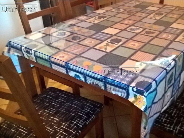 Átlátszó PVC konyhaasztalra